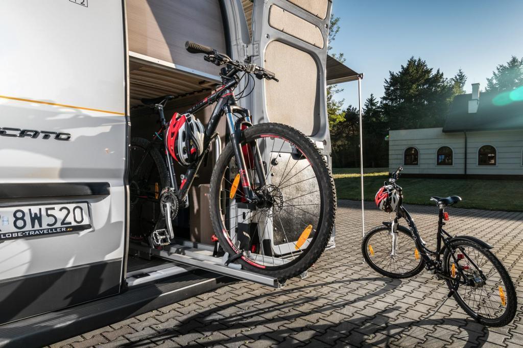Globe-Traveller fietsgarage